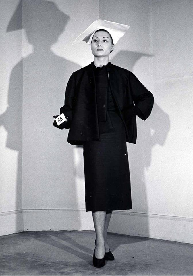 3305cc4fd07c I found out an old archive of these breathtaking Balenciaga collection by  Cristóbal Balenciaga himself.