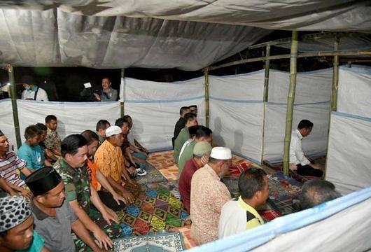 Kesaksian TGB soal Bacaan Salat Magrib Presiden Jokowi: Sangat Terang