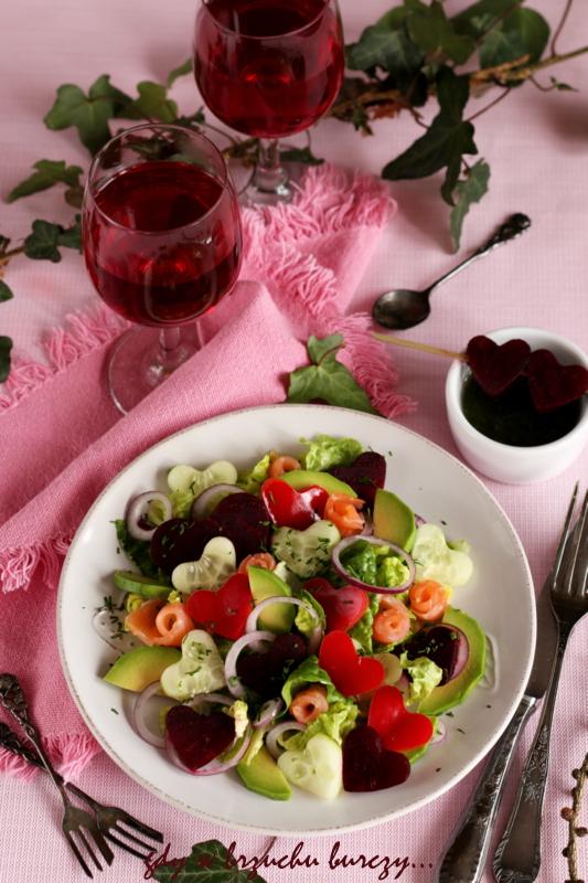Sałata rzymska z łososim