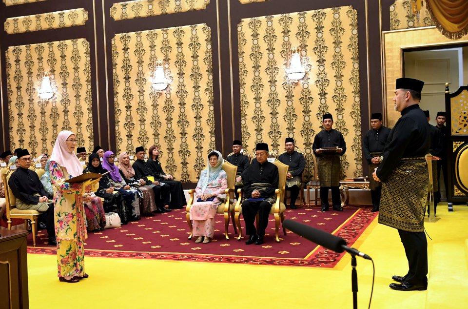 Wan Azizah Timbalan Perdana Menteri