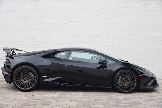 2015 lamborghini huracan 2dr coupe for sale price 289 990. Black Bedroom Furniture Sets. Home Design Ideas