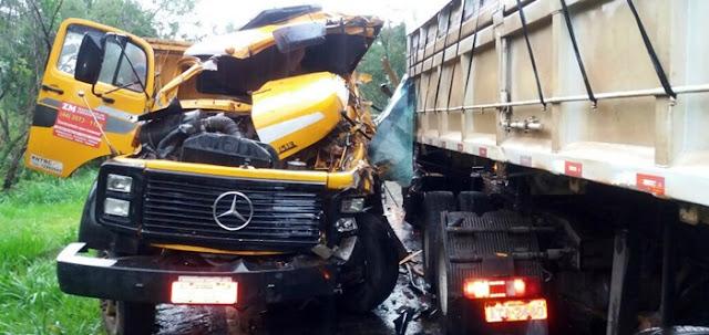 VÍDEO: Caminhão de Iretama se envolve em acidente na PR-487 em Manoel Ribas
