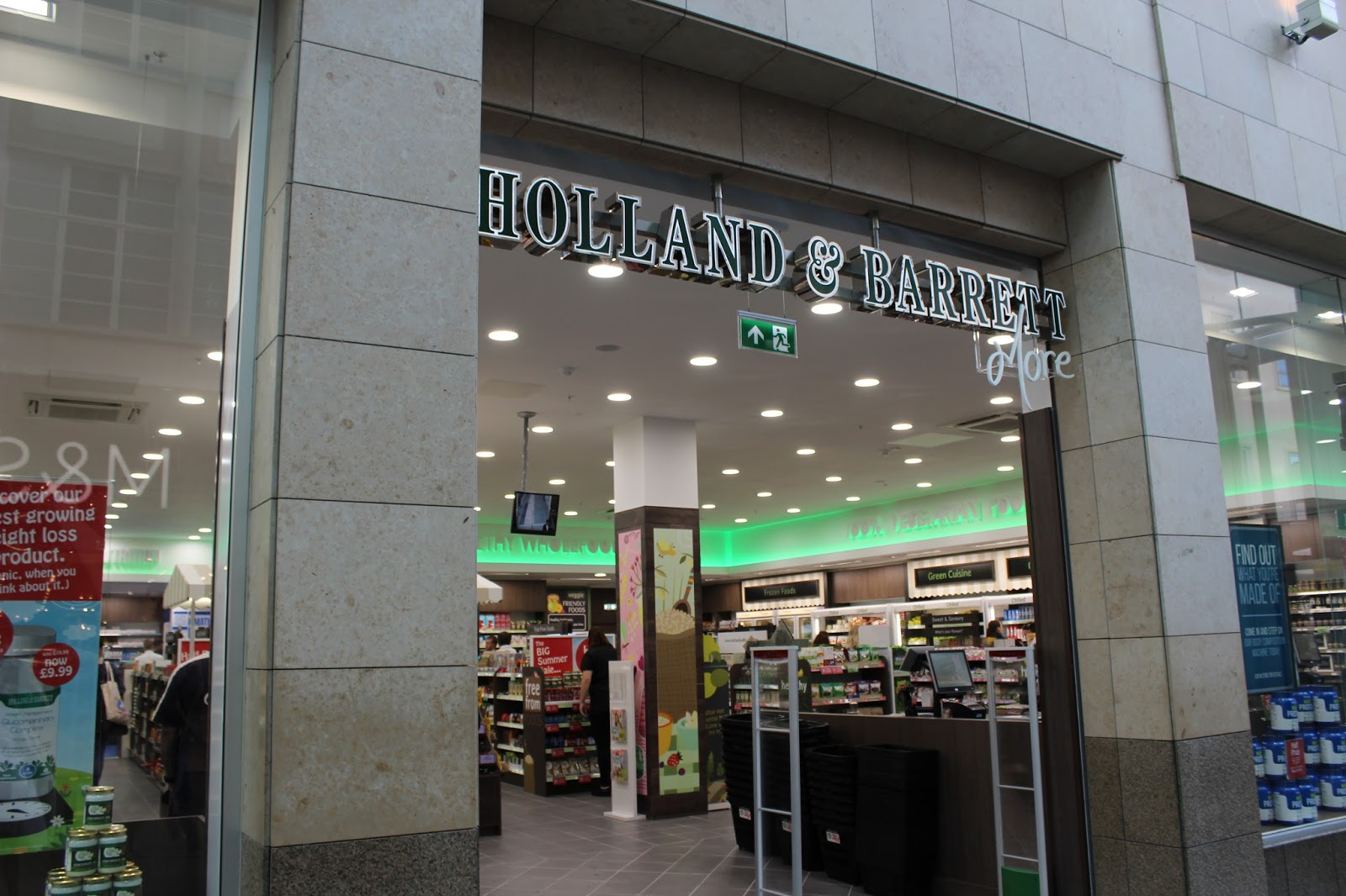 holland-and-barrett-more-plymouth