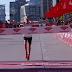 Galen Rupp(2:09:20) y Tirunesh Dibaba (2:18:31), ganadores del Maratón de Chicago 2017