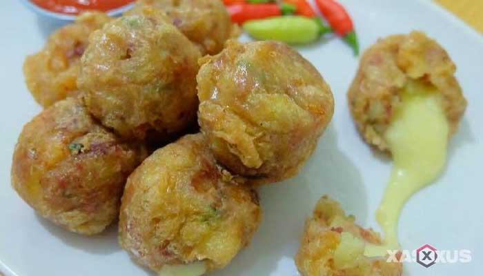 Resep cara membuat perkedel kentang isi mozarella