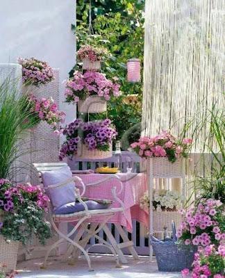 arredo balcone stile provenzale