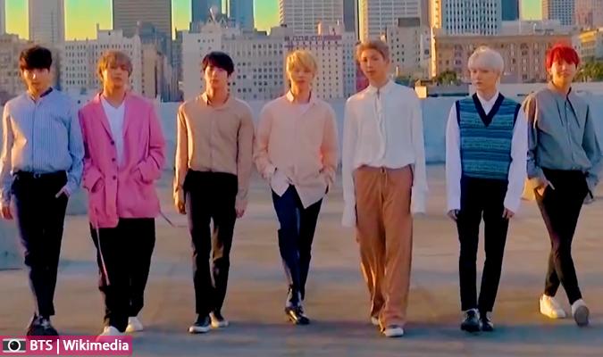 رواد الانترنيت مستاؤون من تلاعب SM الإعلامي ومقارنتهم NCT بفرقة BTS