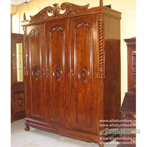 lemari baju kayu jati ukiran 3 pintu kanopi