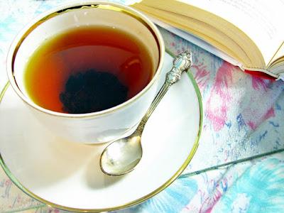 http://myombrelife.blogspot.com/2015/09/herbatoholiczka-2-czerwona-herbata-czy.html