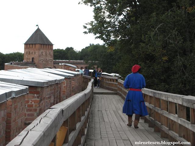 Новгородский кремль - боевой ход