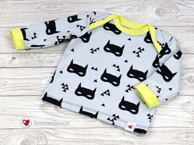 Babyshirt von Klimperklein aus Batmask