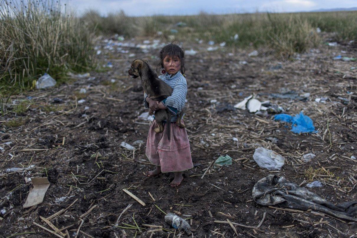 Jóvenes Del Tercer Milenio: El Lago Titicaca, Lago Que