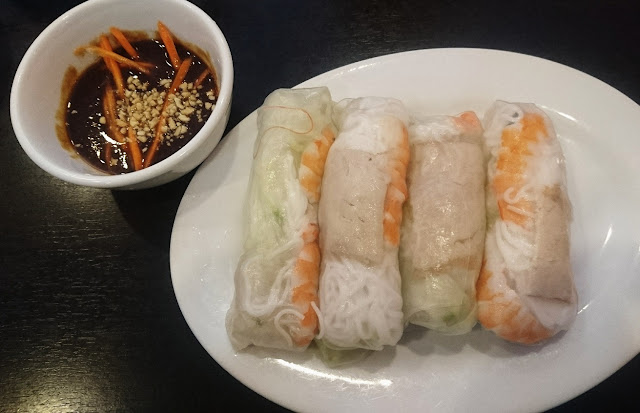 Pho Minh Long, Mitcham, rice paper rolls