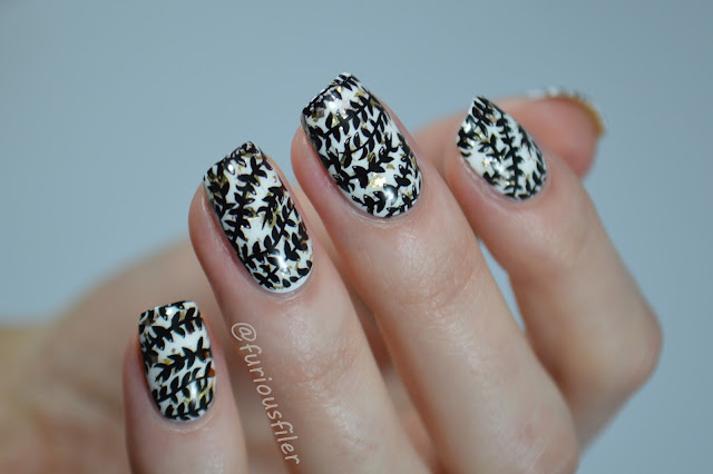 b&w stamp moyou london elegant leaf pattern nails