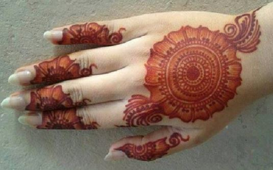 Mehndi Designs Please : Beautiful mehndi designs latest photo
