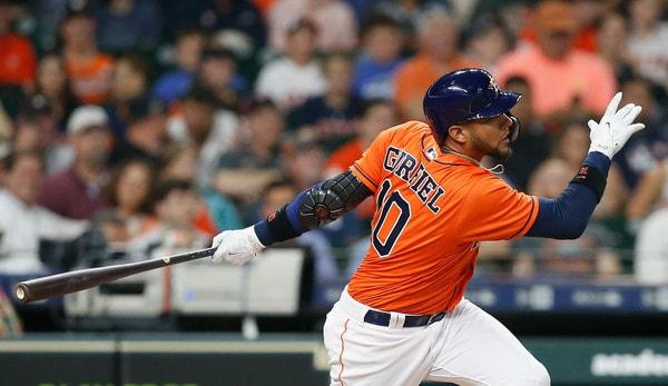 Gurriel se ha encendido en los últimos 4 partidos, donde ha disparado 11 hits (4 extrabases, 3 dobletes y un vuelacercas) en 19 turnos oficiales