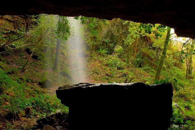 Interior cueva de El Pímpano