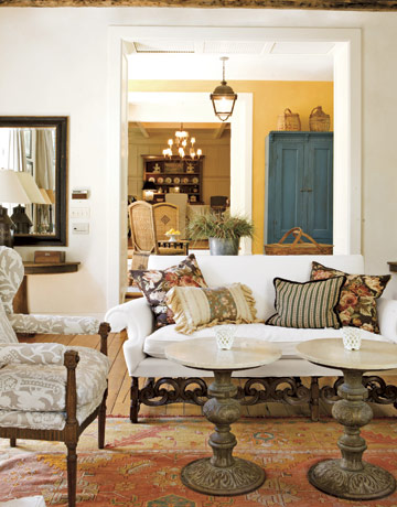 Color Outside the Lines: Beautiful Living Rooms