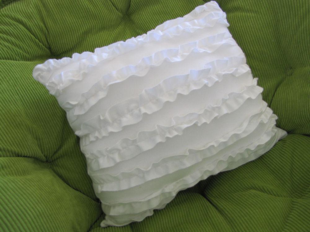 Monique's Stitches: T Shirt Ruffle Pillow