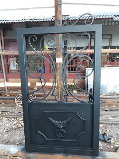 Pintu Besi Tempa, Pintu Klasik, Pintu Antik