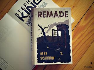 Napínavá, čtivá fantasy knížka pro děti a mládež. Zákeřný virus zabijí a sourozenci musejí utíkat.