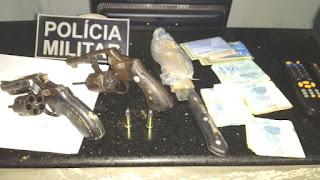 PM prendem 08 pessoas por causarem baderna e apreendem dois revolveres em Santa Quitéria