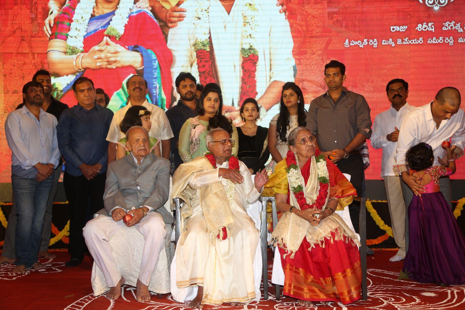 shatamanam bhavathi success meet-HQ-Photo-17