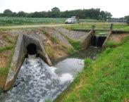 Hergebruik van effluentdeelstroom voor sub-irrigatie van een maisperceel bij rwzi Haaksbergen. In: Kennisdocument hergebruik van restwater voor de landbouw-watervoorziening