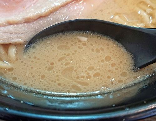 チバリラーメンのスープの写真