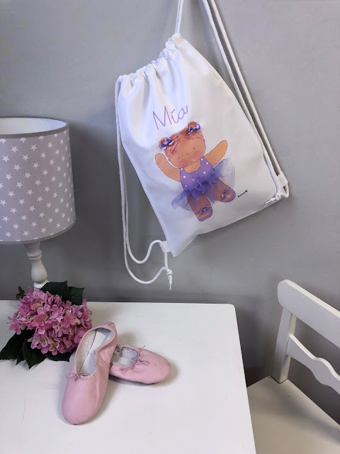 Mochilas pequeñas  infantiles  y personalizadas.beautiful ballet children's backpack, personalized with the name of the girl.preciosa mochila infantil de ballet, personalizada con el nombre de la niña.
