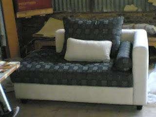 harga sofa minimalis santai