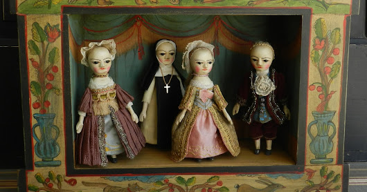 Queen Anne doll theatre finished
