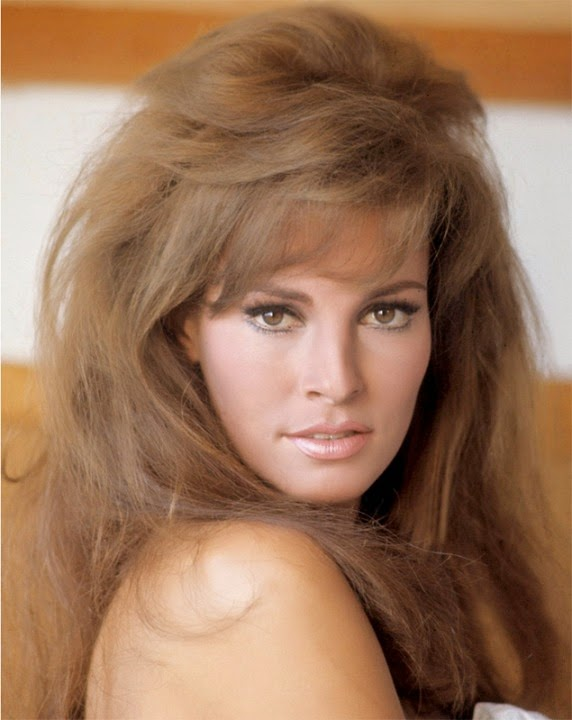GREAT ACTRESSES: Raquel Welch
