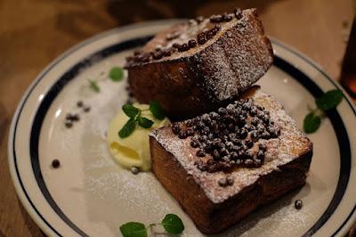WIRED CAFE 梅田NUchayamachi店 フレンチトーストのチョコスタンダード