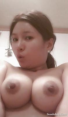 Foto Toket Bulat Gede ABG Cantik Bugil Mulus HOT Minta Di Remas