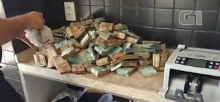 Em Baraúna RN, PF encontra R$ 663 mil durante operação que investiga desvios na compra de livros e fardas de estudantes