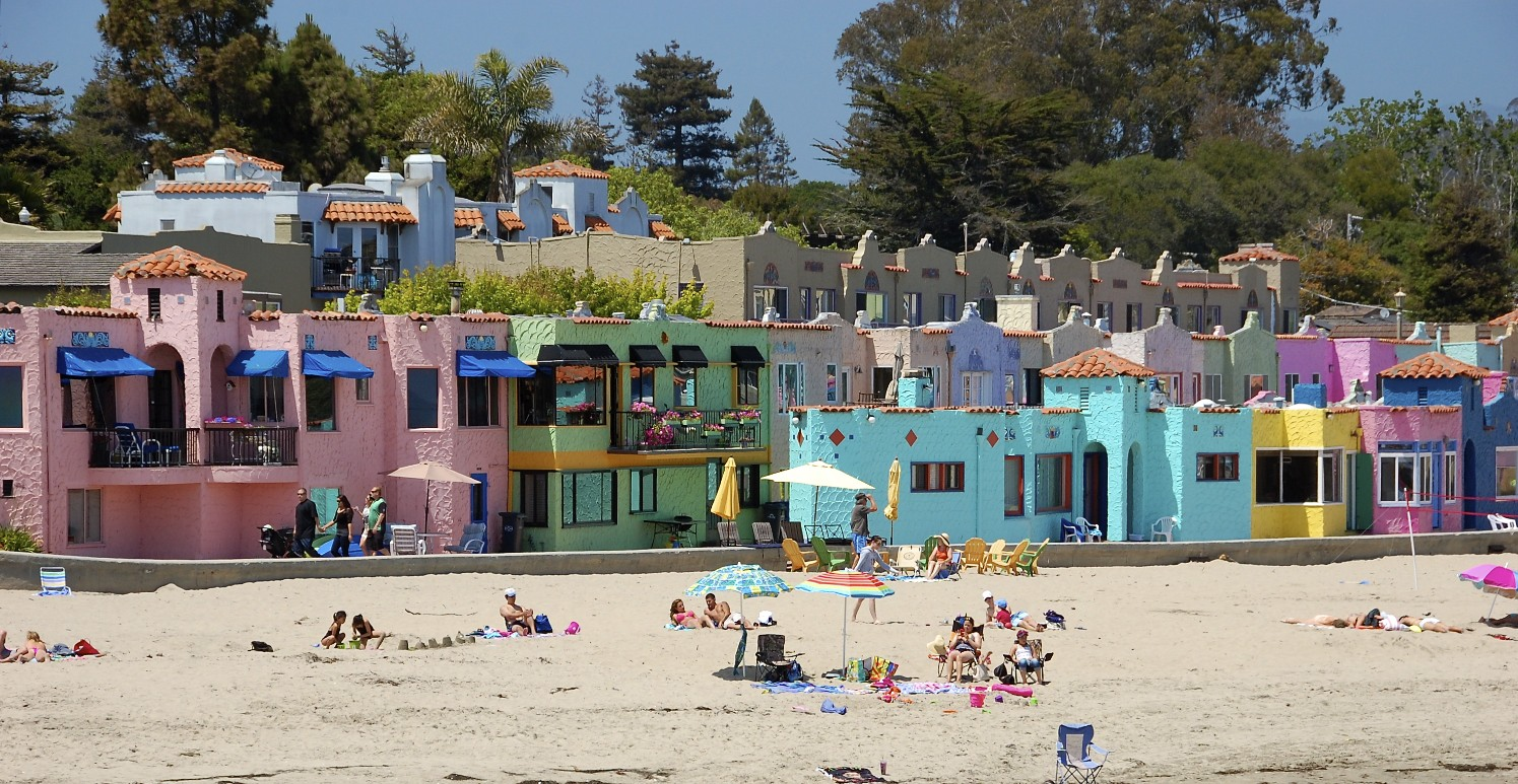 Capitola Beach Colorful Houses The Best Beaches In World
