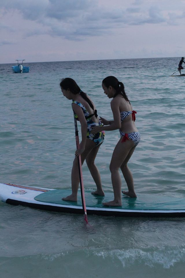 stand-up paddle with my girl friend