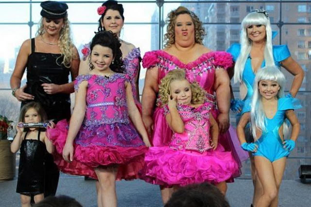 Reality TV Toddlers and Tiaras Moms and Daughters in costume