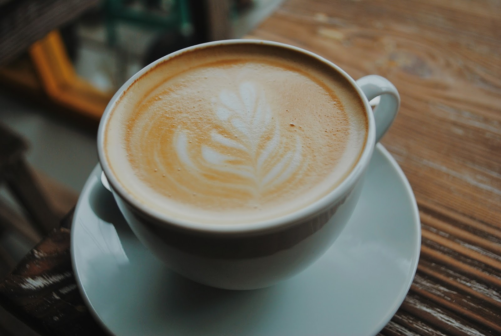 Yellow Truck Coffee - Depok : Nongki ala Mahasiswa - Flat White 2