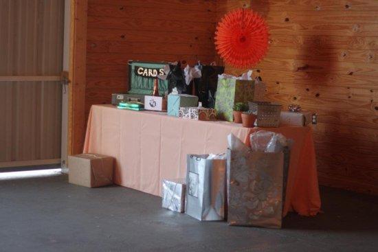 Thrifty Wedding Tips: Ideas For A Crafty, Vintage Wedding
