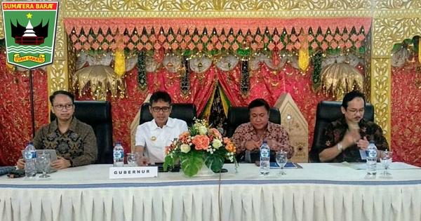 Gubernur Irwan Buka Rapat TPID Sumbar di Istana Bung Hatta