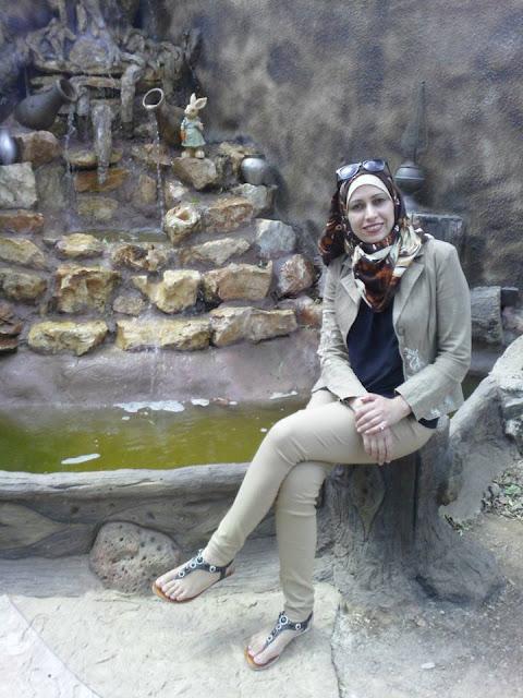 بقلم الكاتبة : تمارا حداد  استلب السجان ثوب حريته وعافيته