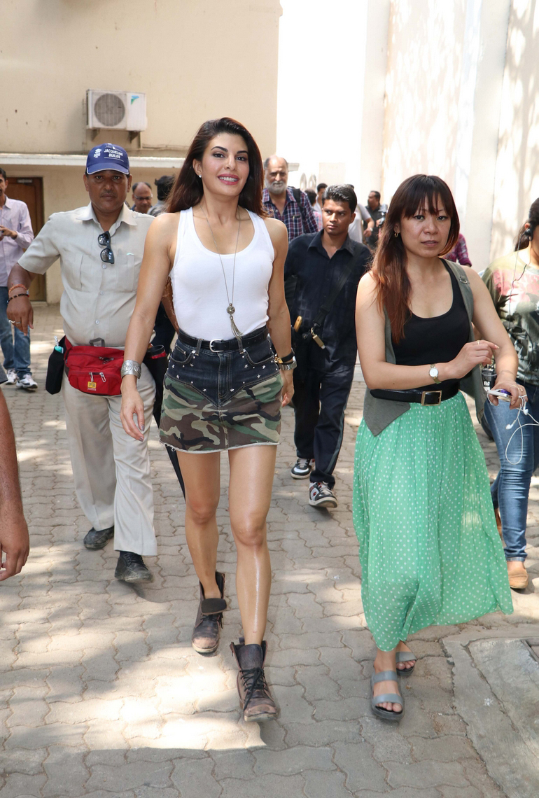 Jacqueline Fernandez looks Super Cute in a Tight White Tank Top and Mini Skirt at Dishoom Movie Shooting