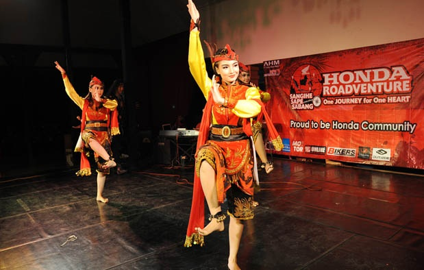 Lengkap Tari Remo Jawa Timur dan Tari Gandrung Banyuwangi Beserta Penjelasannya