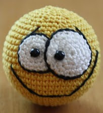 http://www.ravelry.com/patterns/library/smiley-2