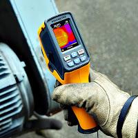 Uzaktan termal ısıyı ölçen kızılötesi IR pirometre termometre