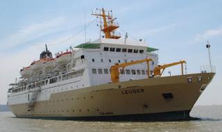 gambar kapal pelni leuser semarang karimunjawa