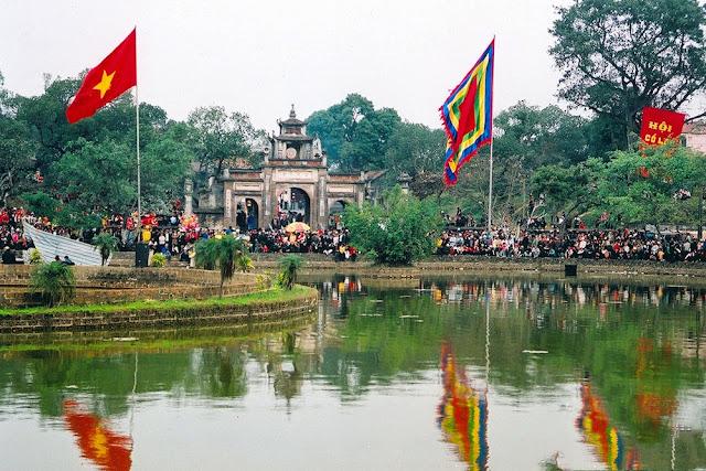 Cho thuê xe đi Hội đền An Dương Vương, Cổ Loa, Đông Anh