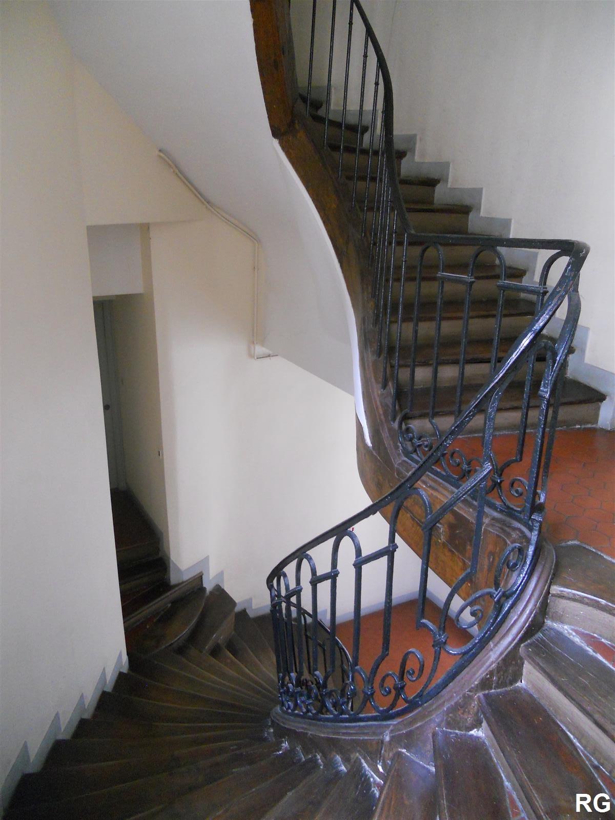 paris bise art escalier rue vieille du temple. Black Bedroom Furniture Sets. Home Design Ideas